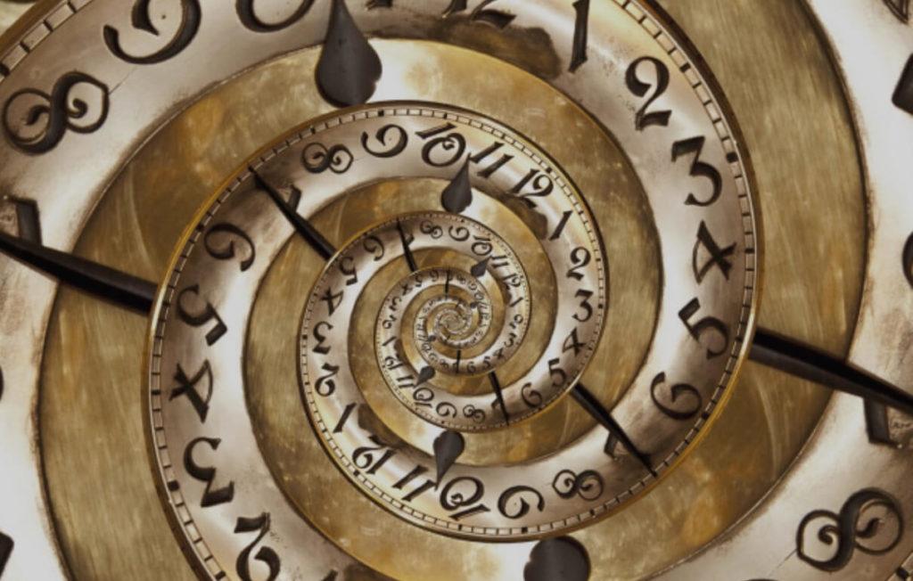 Spirale con i numeri che descrive il passato in Inglese